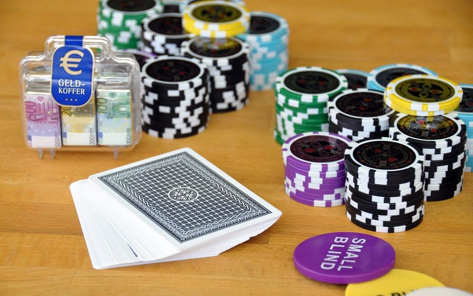 2 suurta eroa kasinopelien ja perinteisten pelien välillä - 2 suurta eroa kasinopelien ja perinteisten pelien välillä